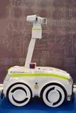 检查机器人 免版税库存照片