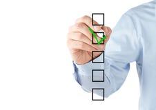 检查核对清单现有量人的配件箱 免版税库存图片