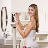 检查重量妇女 免版税库存照片