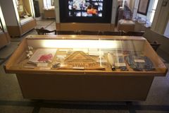 棉花产业在孟菲斯棉花博物馆关系了在显示的项目 免版税库存图片