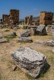 从棉花堡,土耳其的废墟 库存照片
