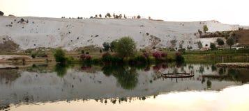 棉花堡,土耳其风景  免版税库存照片