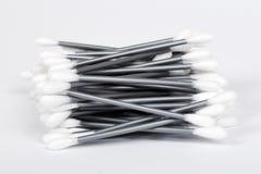 棉花耳朵发芽棍子 查出在空白背景 免版税库存图片