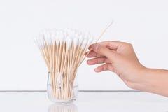 棉花芽木棍子或棉花棒 库存照片
