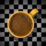 棋枰咖啡杯 库存照片