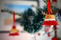 棒棒糖圣诞节装饰品雪结构树 免版税图库摄影
