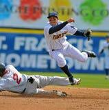棒球双杀启用 库存照片