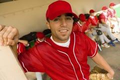 棒球场球员年轻人 库存照片