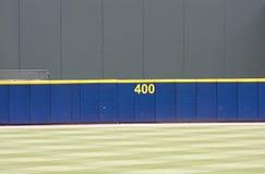棒球外野墙壁 免版税库存图片
