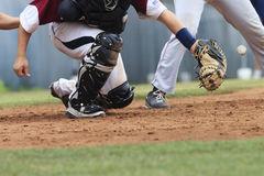 棒球行动-俘获器传染性的球(在图象的球) 库存照片