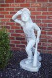 棒球运动员雕象 库存照片