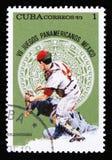 棒球运动员,致力于第7场美国青年比赛在墨西哥,大约1975年 免版税库存照片