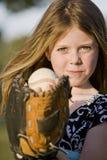 棒球逗人喜爱的女孩年轻人 库存照片