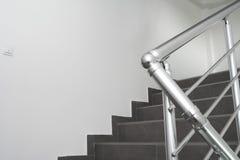 棒金属楼梯 免版税库存图片