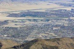 棕榈泉市鸟瞰图  免版税图库摄影