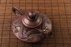 棕色中国茶壶 库存照片