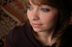 棕色女孩头发的纵向 库存图片