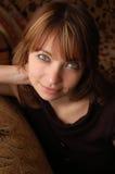 棕色女孩头发的纵向 免版税图库摄影