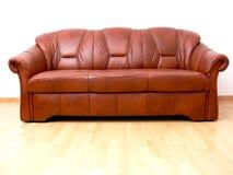 棕色沙发 库存图片