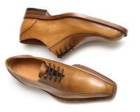 棕色男性鞋子 免版税库存照片