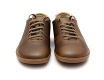 棕色皮革人鞋子 免版税库存照片