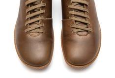 棕色皮革人鞋子 库存图片