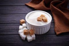 棕色碳水化合物饮食糖不健康的白色 免版税库存照片