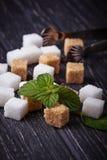 棕色碳水化合物饮食糖不健康的白色 免版税库存图片