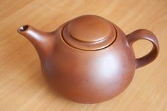 棕色陶瓷茶壶 图库摄影