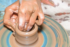 棕色陶瓷 库存照片