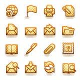 棕色e图标邮件系列 免版税库存照片