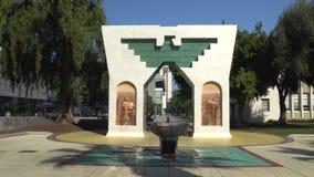 森林区家庭喷泉和塞萨尔・查韦斯纪念碑 股票录像