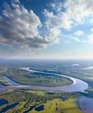 森林河,顶视图 免版税库存照片