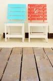 椅子二墙壁白色 库存图片