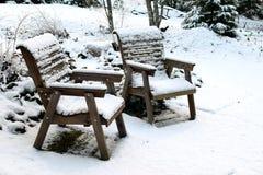 椅子包括雪 免版税库存照片