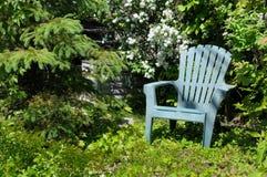 椅子庭院 免版税图库摄影
