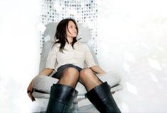 椅子日本人妇女 免版税图库摄影