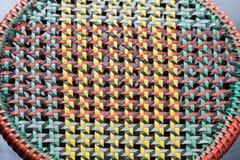 椅子由塑料绳索制成是织法设计 库存照片