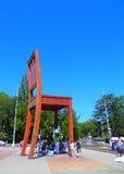 以椅子的形式纪念碑 免版税库存图片