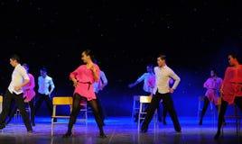 椅子舞蹈这校园展示 库存照片