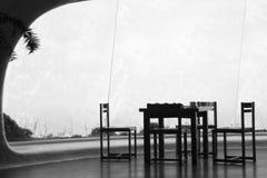 椅子表 图库摄影