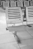 椅子金属行 免版税库存照片
