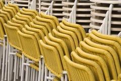 椅子黄色 免版税图库摄影