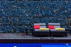 椅子水池 免版税图库摄影