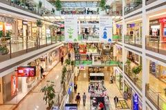 植物群购物中心在布拉格 库存照片