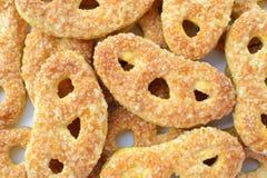 椒盐脆饼形状的糖屑曲奇饼 免版税库存图片