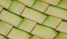 椰子叶子织法模式 库存照片