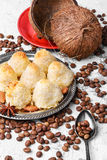 椰子曲奇饼块菌 库存图片