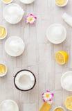 椰子油和柠檬汁 免版税图库摄影