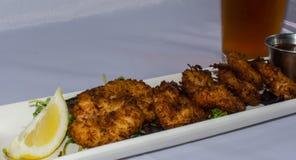 椰子虾开胃菜 库存图片